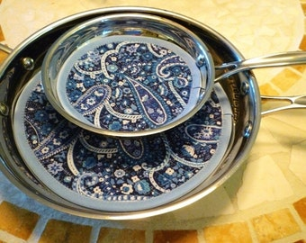 Set of 2 Pan Protectors - Fry Pan Cozy - No More Scratches Fry Pan Storage - Blue Paisley - Machine Washable