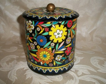 VIntage Floral Tin Made in England