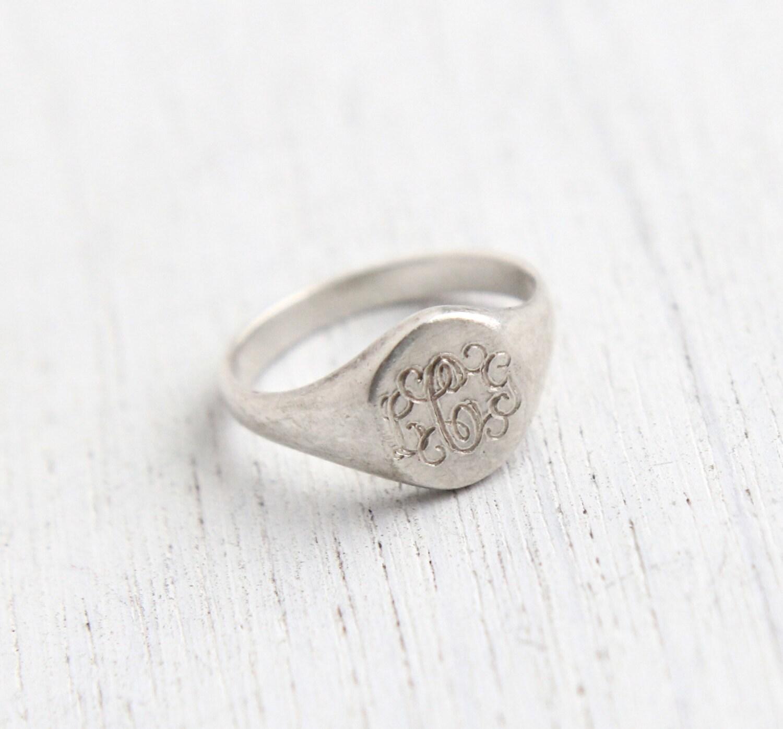 vintage sterling silver signet ring 1960s size 3 designer