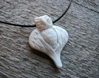 Owl sculpture necklace