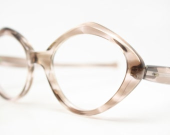 Gray cat eye glasses retro vintage