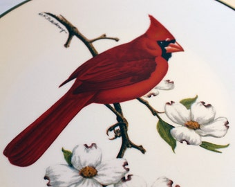 Avon Cardinal Collector Plate - North American Songbird Plate