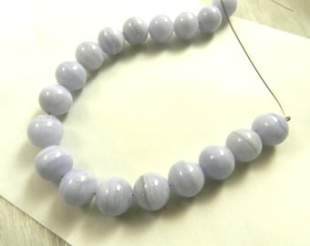 7 Inch Strand of Blue Lace Agate Round Beads, 10mm, 1mm hole, Semi-precious Gemstone, 18 beads