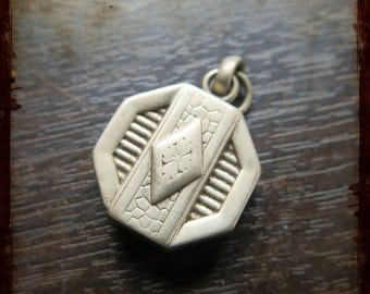 Vintage French Art Deco Medallion - great item for jewelry, mixed media or assemblage