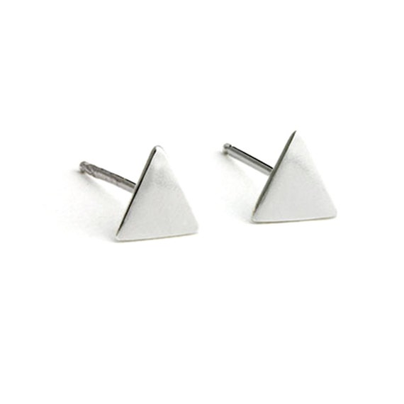 Back to Basics - Triangle in Silver