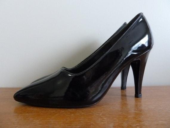 80s Stiletto Heels Black Patent Wild Pair Shoes Pumps