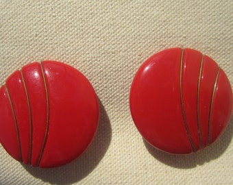 Vintage red sizzling clip on earrings