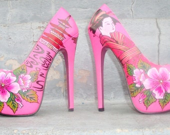 japanese tattoo them heels size 7 1/2