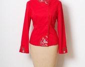 Vintage Red Jacket  /Vintage 80s Asian jacket / Embroidered Flowers  / Long Sleeve / 90s Jacket / 90s Top / coat / Vintage Chinese Jacket /