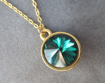 Gold Emerald Necklace, May Birthstone Jewelry, Emerald Green Crystal Pendant, Modern Everyday Jewelry, Birthstone Necklace