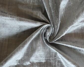 Silk Dupioni in Silver Grey color - Fat quarter-D 259