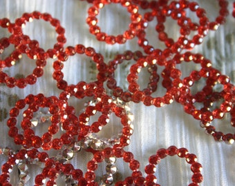 Sultry Red - Bollywood Rhinestone circles 14mm (6)