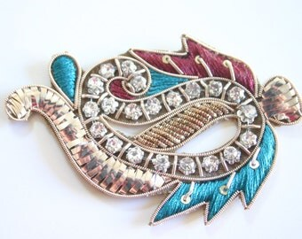Dance of Paisley - Applique paisley with embroidery and rhinestones (1)