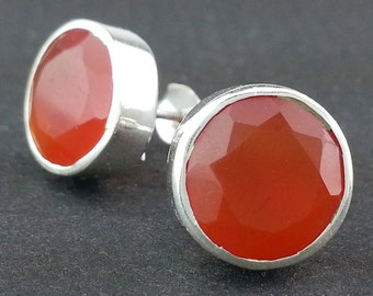 EE050001S) Carnelian 925 Sterling Silver Stud Earrings