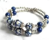 memory wire bracelet delft blue jewelry delft blue bracelet double strand bracelet blue and white