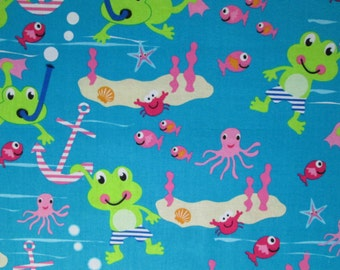 A Day at Sea Surgical Scrub Top / X Small - XX Large