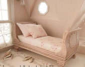 Dusty pink Princess single bed - 1/12 dolls house dollhouse miniature