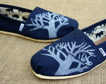 Tree TOMS shoes