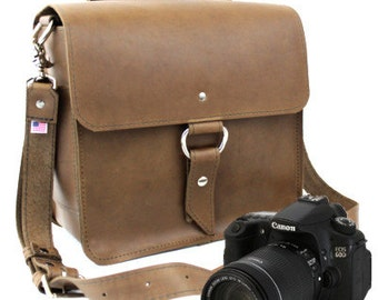 "10"" Brown Napa Midtown Leather Camera Bag"