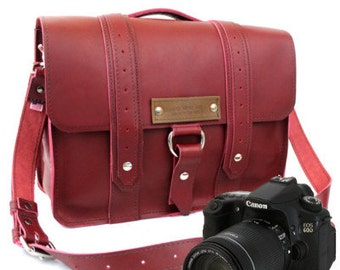 "14"" Burgundy Sonoma Voyager Leather Camera Bag - 14-V-R-LCAM"