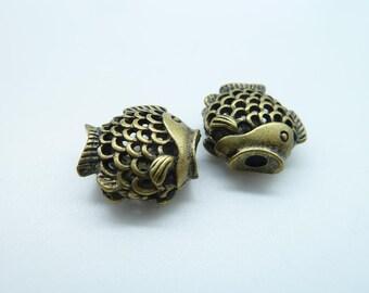 5pcs 9x17x21mm Antique Bronze  Filigree 3D Fish Spacer C1650