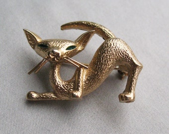 Vintage Boucher Gold Tone Cat Pin