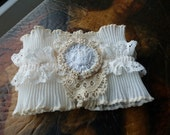 Single Lace Cuff, cream elastic cuff, antique lace and tiny beads