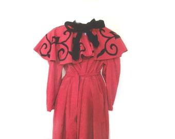 Gorgeous Vintage Cape / Dress  SIze Med