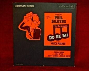 David Merrick presents - DO RE MI - Original Cast Recording - 1961 Vintage Vinyl Record Album...Die cut Cover