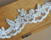 Ivory Alencon Lace Trim Luxury Wedding Lace Trim Scalloped Embroidered Retro Lace Bridal Lace 1.77 Inches Wide 1 Yard