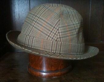 Vintage English Duraform Unlined Hat Size 7 57 circa 1970's / English Shop