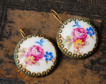 Vintage earrings,  gold plated brass, with porcelain cabochons