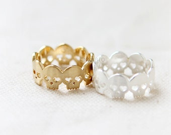 Heart Skulls ring/ choose your color, gold and silver
