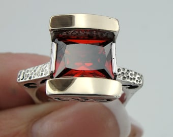 Fine Handmade 9K Yellow Gold 925 Sterling Silver Garnet Red stone Ring size 8, Spacial gift,   (s r3000)