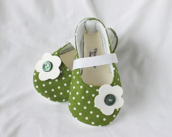 FOREST DAISY-Green, White, Polka Dot, Couture, Boutique Mary Jane Baby Girl Bootie, Pitter Patter Shop