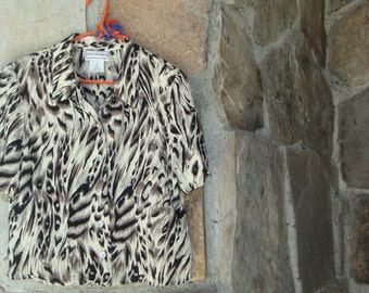 80s CROPPED ANIMAL SHIRT vintage open back asymmetrical button up M