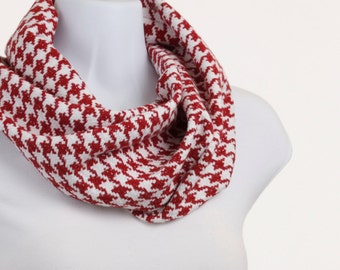 Red and White Houndstooth Infinity Scarf with  SILVER threads ~ WL032-S5