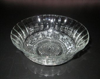Beautiful Clear Glass Bowl With Star and Scroll Pattern