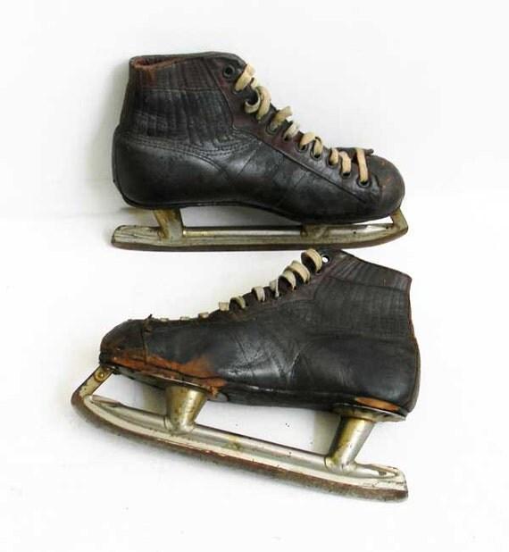 Antique S Hockey Ice Skates Canada Cycle And Motor Company Ccm