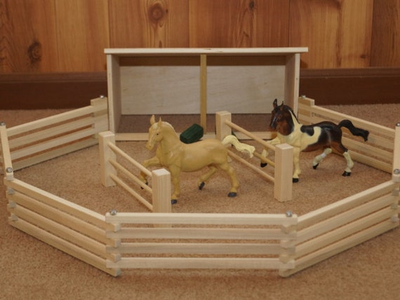 Wood Horse Shelter : Toy horse shelter package