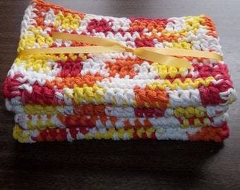4 LARGE dish cloths/ dish rags, wash cloths made of 100% cotton Bernat yarn in the color of Spicey