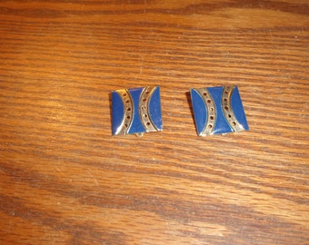 vintage clip on earrings goldtone blue enamel