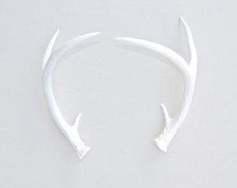 Faux Taxidermy White Antler Decor - White Resin Unique Deer Antlers - Table Top Fake White Antler Shed DA01