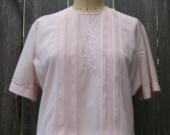 Vintage 50's SUCH SWEET DETAILS Pale Pink Nylon Blouse