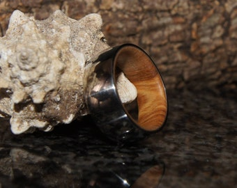 Size 6 - Olive wood and stainless steel ring, inner Wood sleeve