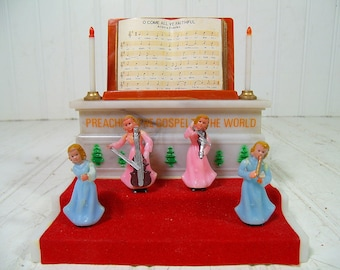 Vintage Christmas Music Box  Plays Oh Come All Ye Faithful - Mid Century Plastic Miniature Angel Music Orchestra Figures Retro Holiday Decor