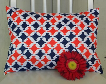 Throw Pillow Cover - Vintage Mod Houndstooth Fabric - Red, White and Navy - 12 x 16