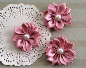 """6 Small Light Dusty Pink Fabric Flowers -1.5"""" Satin flowers with pearl centers Sweetheart accent flowers embellishment headbands DIY flowers"""