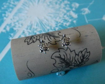 Tiny 925 Sterling Silver Turtle Post or Stud Earrings (8mm) - Goodluck
