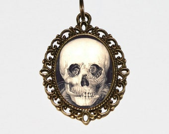 Skull Necklace, A Pierrot's Love, Illusion, Victorian, Gothic, Skulls, Horror, Jewelry, Oval Pendant